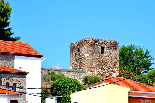 The tower from the square of the town