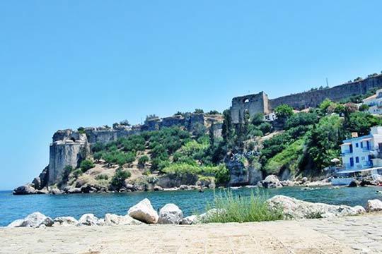 Αποτέλεσμα εικόνας για Κάστρο Κορώνης