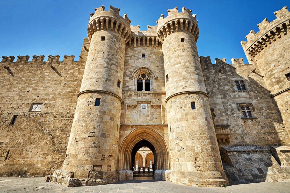 Αποτέλεσμα εικόνας για Παλάτι Μεγάλου Μαγίστρου