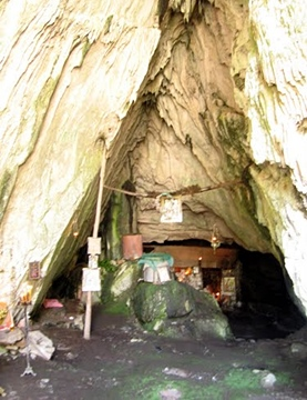 cave of Panagia chapel (outside the castle)